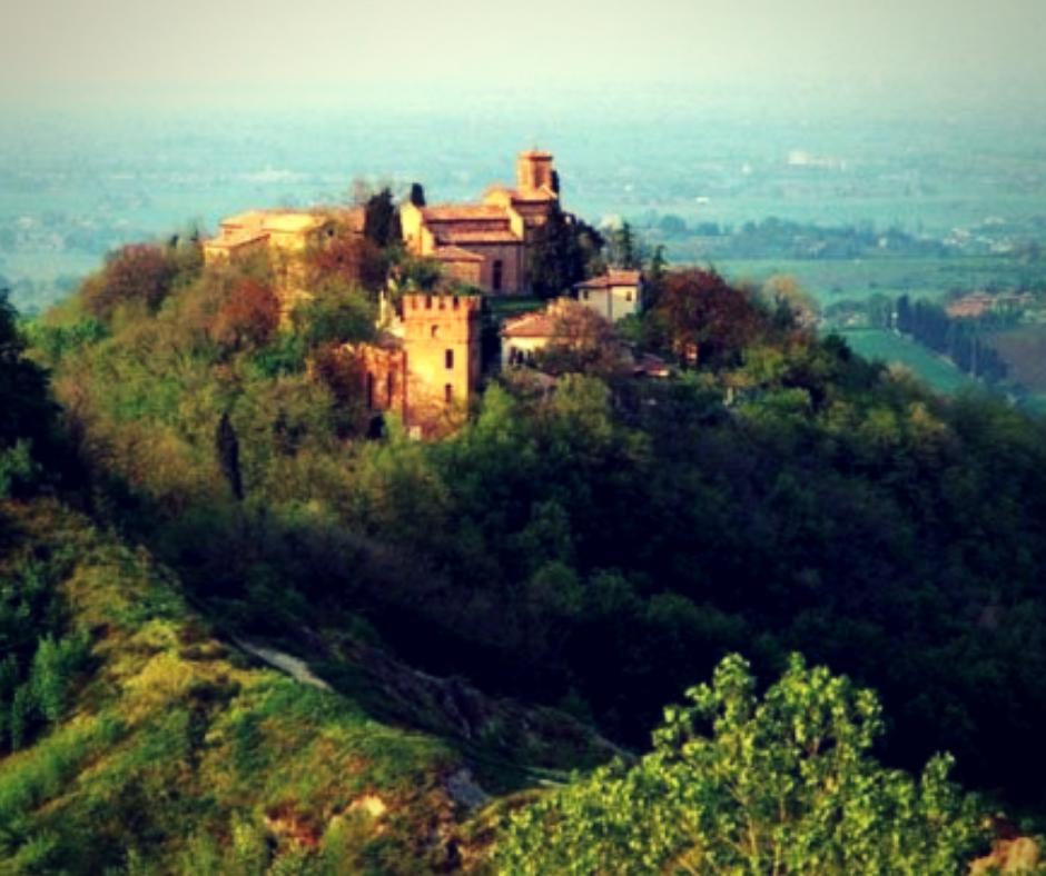 Foliage nei monasteri italiani