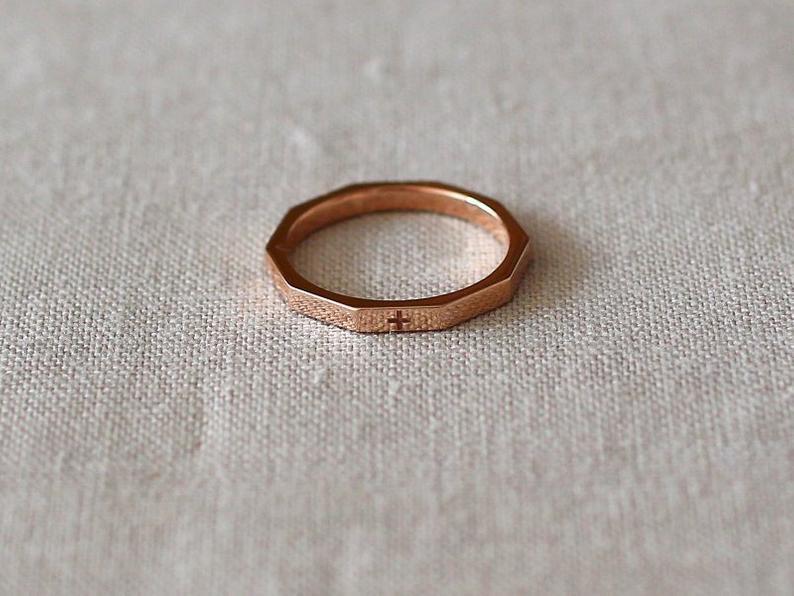 rosario anello moderno minimal